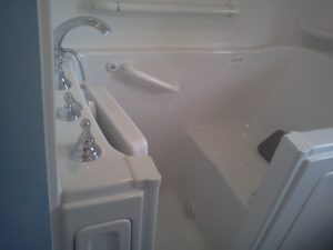 walk in bath tub Clinton twp mi 48038